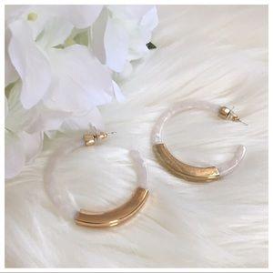 🌵White Marble & Gold Colorblock Hoop Earrings